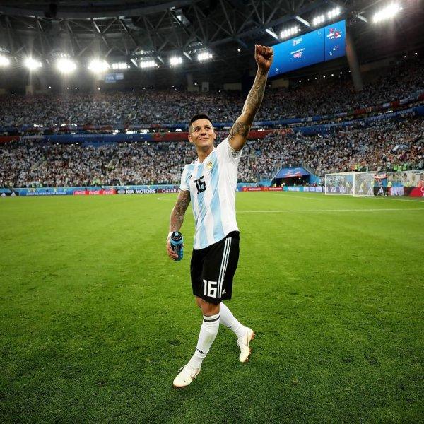 Аргентинцы в Антарктике отпраздновали выход сборной из группы на ЧМ