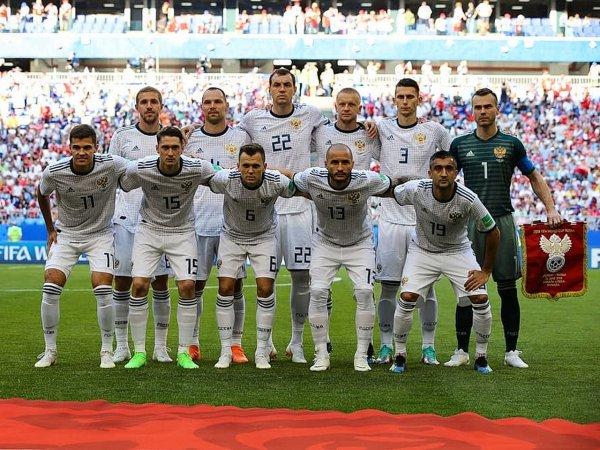 Перед матчем с Испанией игроки сборной РФ обратились к болельщикам